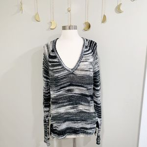 Feel The Piece. Terre Jacobs. Gray & Black Sweater